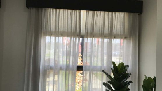 Indoor Blinds and Shutters_Curtains_13